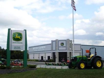 Jackson, WI Location - This well rounded dealership offers farming equipment large and small, rentals, lawn and garden equipment and so much more.  If you are seeking value, quality and service visit Mid-State Equipment in Columbus, WI